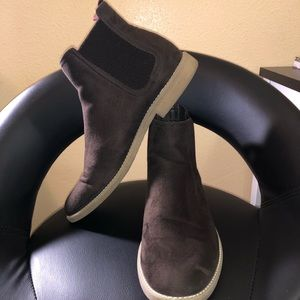 H&M Rubber Sole Chocolate Chelsea Boots.